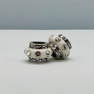 White spacer charm